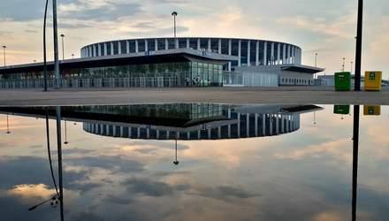 Ще один новозбудований стадіон у Росії отримав серйозні проблеми: промовисте відео