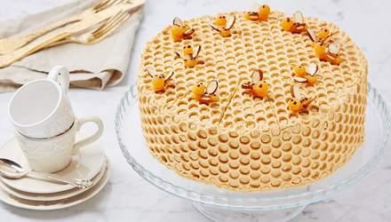 """Торт """"Медовик"""": класичний рецепт приготування"""