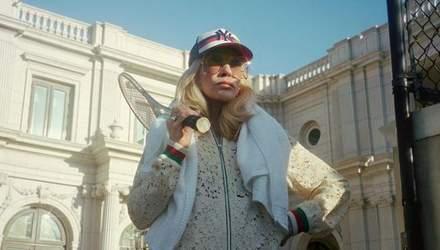 77-річна актриса Фей Данавей стала обличчям реклами Gucci: фото і відео