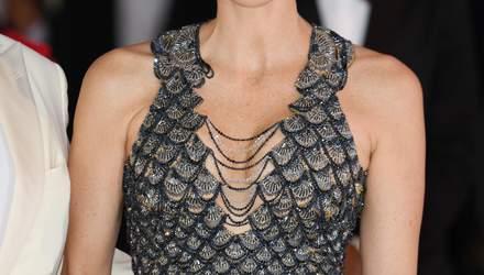 """Княгиня Монако Шарлен вразила всіх розкішною сукнею """"русалки"""" від Versace: фото"""