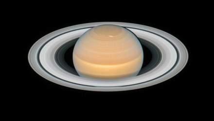 Hubble сделал уникальный снимок Сатурна