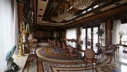 Вакантне Межигір'я: хто може стати управителем резиденції президента-втікача Януковича