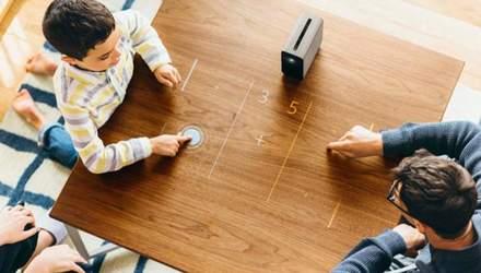 Будущее здесь и сейчас: Sony презентовала революционный проектор Xperia Touch