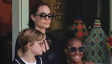 Донька Анджеліни Джолі та Бреда Пітта шокувала покупкою в магазині: фото