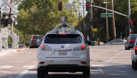 Безпілотний автомобіль від Apple потрапив в ДТП: деталі