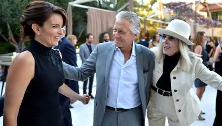 """В передчутті """"Еммі"""": голлівудські зірки завітали на вечірку компанії Netflix"""