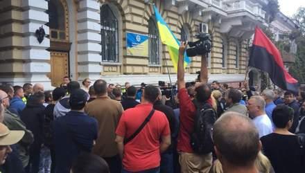 У Одесі на мітингу активісти вимагають відставки керівника поліції
