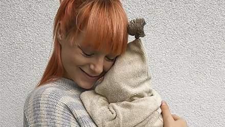 Светлана Тарабарова вышла на прогулку с новорожденным сыном: волшебное видео
