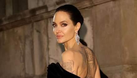 Анджеліна Джолі приміряла незвичний образ у новому фільмі: перші фото