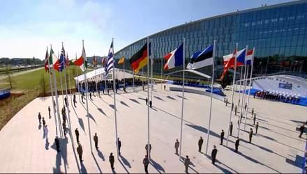 Почему за всю историю НАТО ни одна страна не покинула ряды этой организации