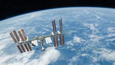 Как Международная космическая станция движется на фоне Солнца – интересный снимок