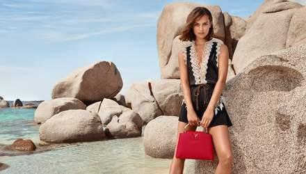 Таємнича Алісія Вікандер стала зіркою Louis Vuitton в новій фотозйомці