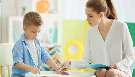 Как вовремя заметить психические расстройства у ребенка и избежать трагедии: советы психолога