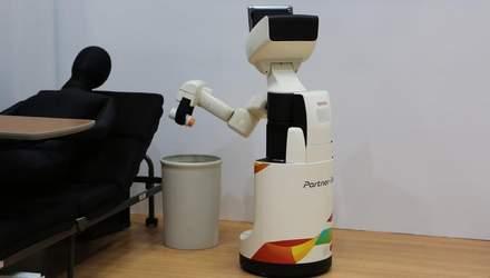 Японцы создали робота, который сам убирает в комнате