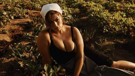Пышнотелая модель Эшли Грэм снялась в сексуальной фотосессии для глянца