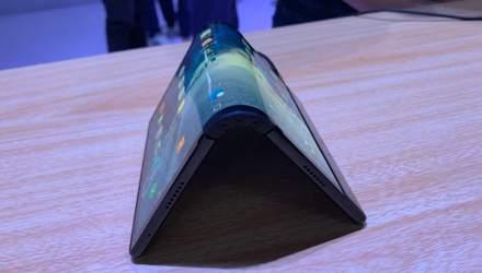 Выглядит невероятно: китайский производитель представил первый в мире гибкий смартфон FlexPai