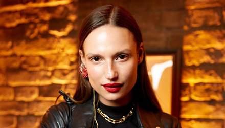 Украинская модель Кейт Андервуд снялась в рекламе парфюма вместе с Шарлиз Терон: фото, видео