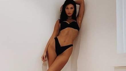 Шоу Victoria's Secret: Белла Хадід показала звабливі фото з примірки білизни