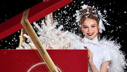 Диво до Різдва: парфум Chanel N°5 вийшов в оновленому вигляді за участю Лілі-Роуз Депп