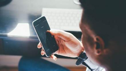 Абонплата за 28 днів: проти трьох мобільних операторів відкрили справи