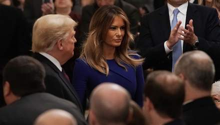 Меланія Трамп підкреслила струнку фігуру стильною сукнею: фото