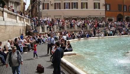 У Римі більше не можна вилазити на фонтани: нові правила міста
