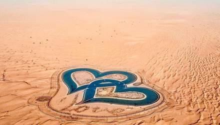 У Дубаї посеред пустелі з'єднались два серця: фото дивовижної знахідки