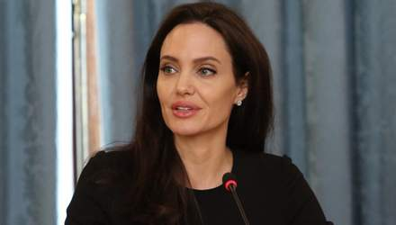 Брат Анджеліни Джолі неочікувано підставив сестру: інтригуючі деталі