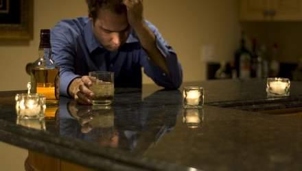 Які перші симптоми алкогольної залежності