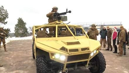 """Инженерная группа полка """"Азов"""" презентовала уникальный транспорт по стандартам НАТО"""