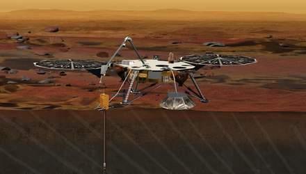 """Аппарат InSight прислал первое """"селфи"""" с Марса"""