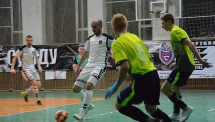 У Сумах на футболістів скоїли збройний напад після матчу, є поранений