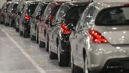 Правительство предложило полностью запретить ввоз автомобилей, произведенных в России