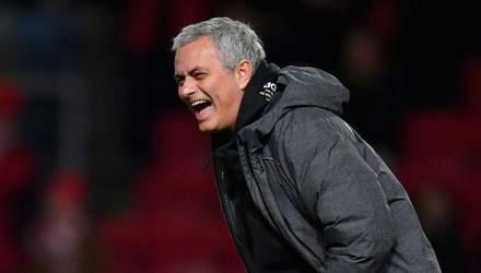 """Британські ЗМІ назвали, скільки Моурінью отримає за розірвання контракту з """"Манчестер Юнайтед"""""""