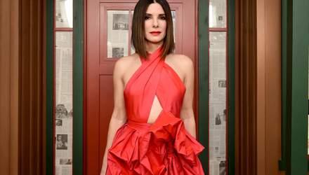 Актриса Сандра Буллок надела платье от украинского дизайнера: фото