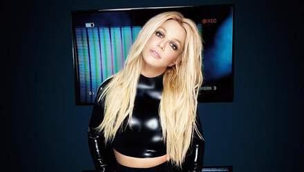 Бритни Спирс снялась в рекламе своего бренда в соблазнительном боди: фото и видео