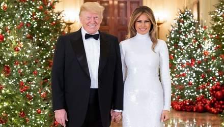 Дональд и Мелания Трамп устроили закрытую рождественскую вечеринку: первые фото