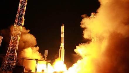 """Росія запустила ракету """"Протон-М"""" з військовим супутником """"Благовіст-3"""""""