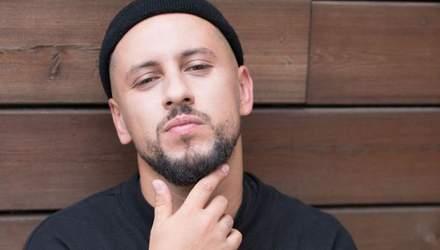 """Монатік презентував запальну пісню, написану для фільму """"Секс і нічого особистого"""""""