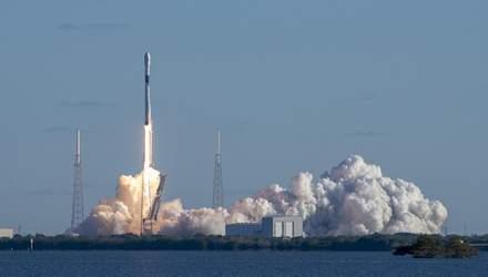 SpaceX успішно вивела на орбіту військовий супутник США