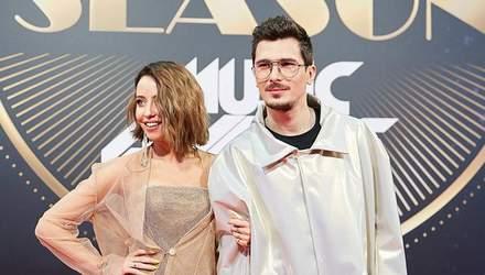 """Группа """"Время и Стекло"""" презентовала песню, которая стала саундтреком к """"Я, Ты, Он, Она"""""""