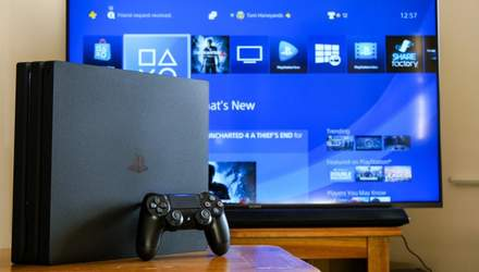 Геймер перетворив PlayStation 4 Pro на справжній витвір мистецтва: відео