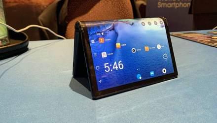 Появились новые детали о первом гибком смартфоне FlexPai