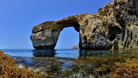 Известную достопримечательность Лазурное окно в Мальте отстроят из стали: яркие фото