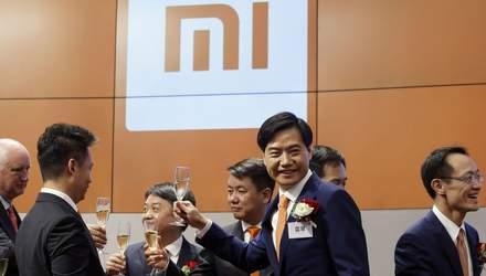 Акции Xiaomi существенно подешевели