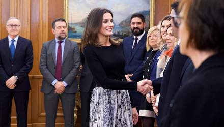 Королева Испании Летиция примерила бюджетную юбку за 360 гривен: фото