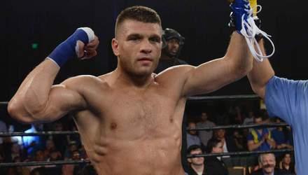 Українець Дерев'янченко хоче бій з найбагатшим боксером світу