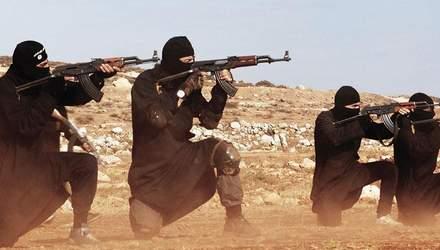 """Вооруженные до зубов машины для убийства: жуткие факты о боевиках """"Исламского государства"""""""