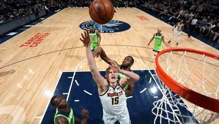 """""""Атланта"""" українця Леня розгромно програла у матчі НБА: відео"""