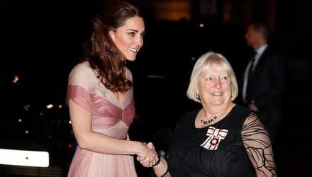 Кейт Миддлтон в вечернем платье от Gucci стала гостьей гала-вечера: фото